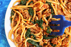 One Pot Spaghetti & Meat Sauce With Spinach