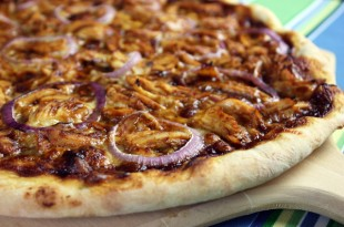 BBQ_Chicken_Pizza_600