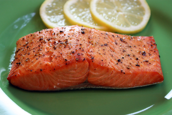 simple broiled salmon