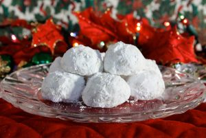 Easy Christmas Pecan Ball Cookies