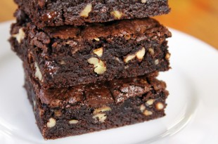 DarkChocolateFudgeBrownies_600