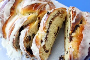 Best Cinnamon Raisin Bread
