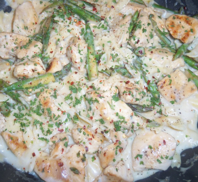creamy chicken and asparagus bow tie pasta