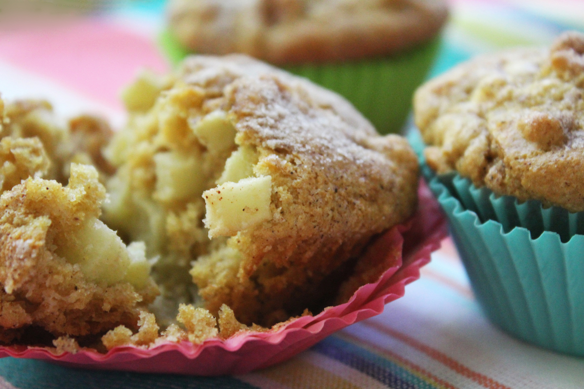 whole_wheat_apple_muffins_-1200