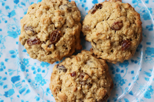 Oatmeal and Raisins Cookies