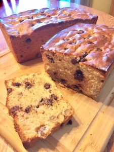 chocolate chip and walnuts loaf cake