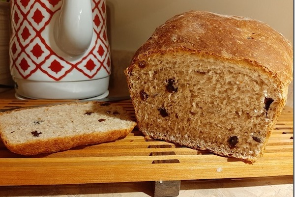 Easy Recipe Raisin Bread